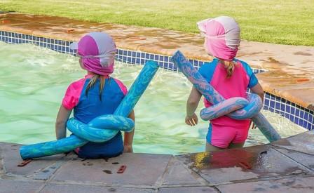 子供水遊び